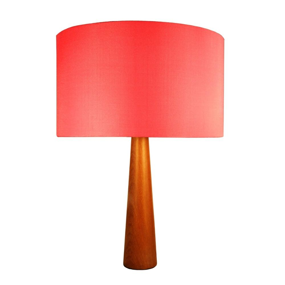 Abajur de Mesa em Madeira com Cúpula de Tecido Vermelha Tam: 35x50cm