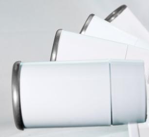 Trilho Eletrificado 1,5m com 3 Spots Soq: GU10 | COR: Branco com Prata | Spot: Led 7W 2.700k Branco Quente | Tam: 1,5 mt | Mod: Z4