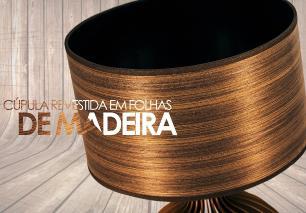 Abajur de Madeira Café com Cúpula Revestida Mod: Bellatrix