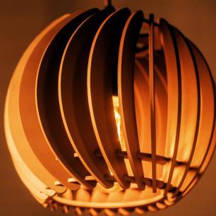 Pendente trio triplo de madeira | Canopla Retangular | 21x19cm | Soq: E-27 | Mesclado D | Mod: Tulipa
