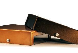 Arandela Branca Slim Flat Externa Tam: 14x14cm Soq: G9 Mod: Clean