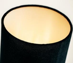 Abajur de Mesa Vela Classico Soq: E27 | Cor: Cobre | Cúpula: Preta | Tam: 65cm | Mod: Vela