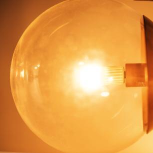 Abajur de Piso Bola de Vidro Transparente   Mat: Alumínio   Cor: Preto   Tam: 150cm   Mod: Feni