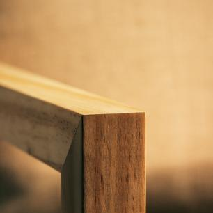Poltrona de Madeira e Metal Para Sala de Estar | Mod: Alf| Cor: Pinus e Preto