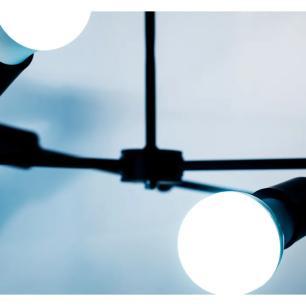 Luminária Sputnik Loki Industrial 4 Hastes Industrial Soq: E-27 | Cor: Preto | Tam: 60cm | Mod: Sputnik Loki
