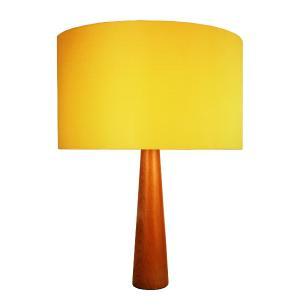 Abajur de Mesa em Madeira com Cúpula de Tecido Amarelo Tam: 35x50cm