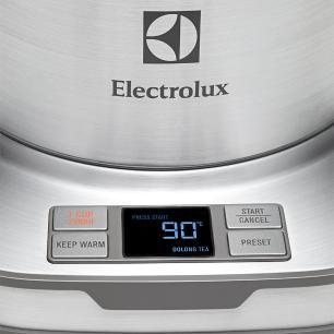 Jarra Elétrica Expressionist em Aço Inox 110V Electrolux