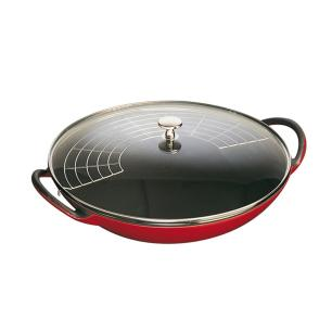 Panela Wok em Ferro Fundido com Tampa em Vidro 37cm Staub Cereja