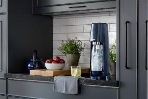 Máquina para Gaseificar Água Fizzi SodaStream Azul Marinho