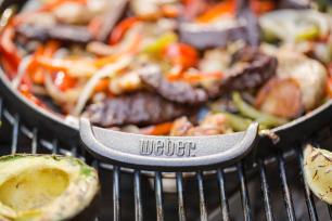 Chapa de Ferro Gourmet BBQ System Weber