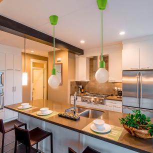 kit 2 pendentes verde soquete com globo ambar para sala