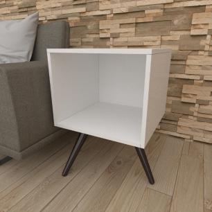 Mesa lateral moderna em mdf branco com 3 pés inclinados em madeira maciça cor tabaco