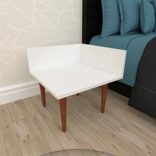 Mesa de Cabeceira simples em mdf branco com 4 pés retos em madeira maciça cor mogno