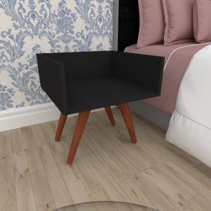Mesa de Cabeceira minimalista em mdf preto com 4 pés inclinados em madeira maciça cor mogno