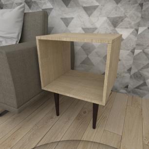 Mesa lateral nicho em mdf amadeirado claro com 4 pés retos em madeira maciça cor tabaco