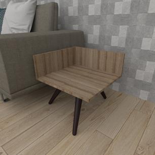 Mesa lateral simples em mdf amadeirado escuro com 3 pés inclinados em madeira maciça cor tabaco