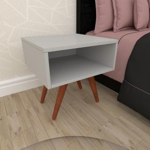Mesa de Cabeceira em mdf cinza com 4 pés inclinados em madeira maciça cor mogno