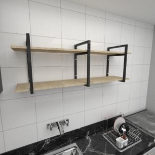 Prateleira industrial para cozinha aço cor preto prateleiras 30cm cor amadeirado claro mod ind05acc