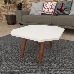 Mesa de Centro octagonal em mdf branco com 4 pés inclinados em madeira maciça cor mogno