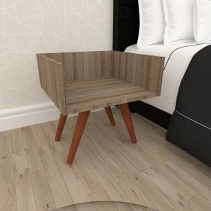 Mesa de Cabeceira minimalista mdf amadeirado escuro com 4 pés inclinados madeira maciça cor mogno