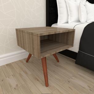 Mesa de Cabeceira em mdf amadeirado escuro com 3 pés inclinados em madeira maciça cor mogno