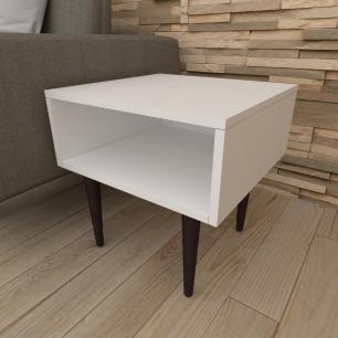 Mesa lateral em mdf branco com 4 pés retos em madeira maciça cor tabaco