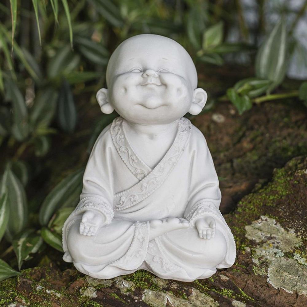Monge Sorrindo com Covinhas