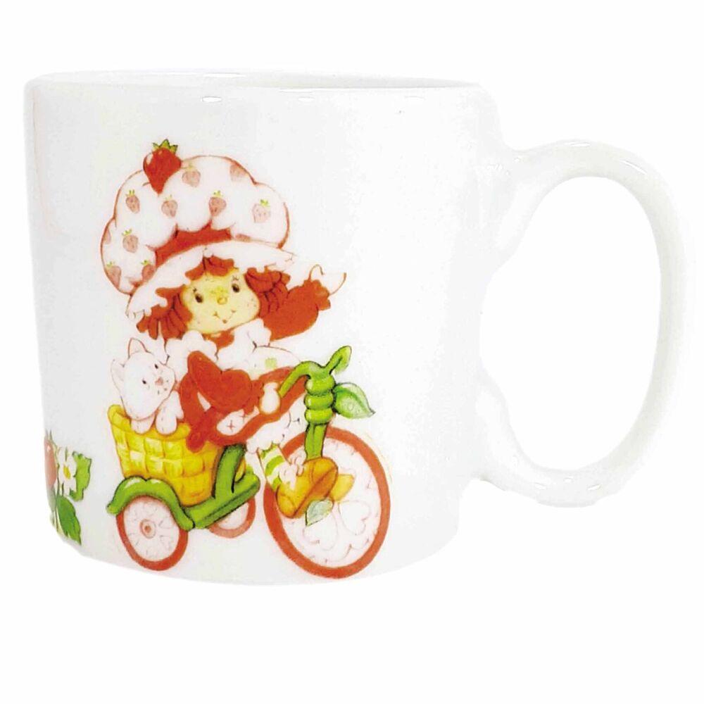 Xícara de Café Porcelana Moranguinho