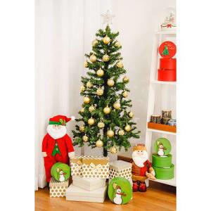 Árvore de Natal 1,5m Decorada com Conjunto De Bolas Douradas 6cm 30 Peças + Ponteira Dourada 12cm - Orb Christmas