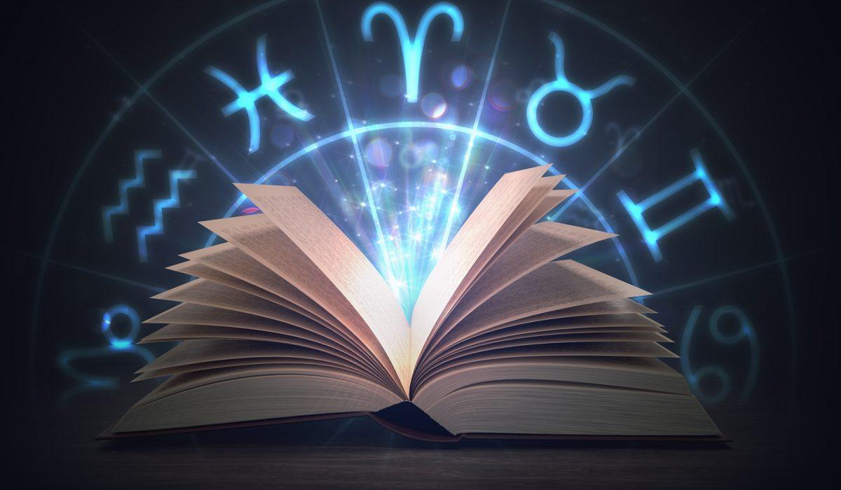 en qué se basa la astrología
