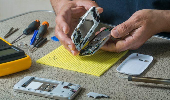 cómo arreglar un celular