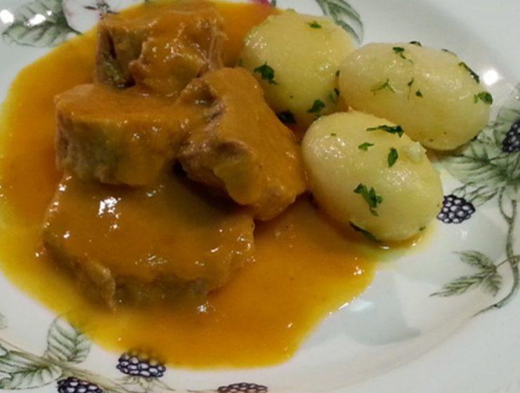 solomillo de cerdo en salsa almendras