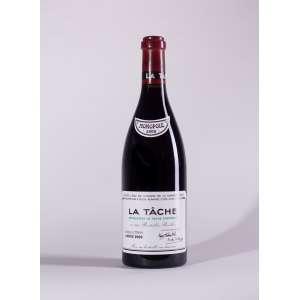 Romanee Conti, La Tache 2000<br>Vosne-Romanée - Borgonha - França<br>RP 93<br>Quant: 1 gf(s) - 750ml