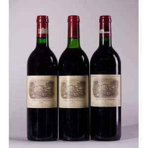 Vertical Lafite Rothschild 1982, 1986, 1997 <br>Pauillac - Bordeaux - França<br>RP 97+, RP 100, RP 92<br>Quant: 3 gf(s) - 750ml