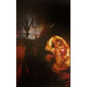 Ruddy Candillon - Cindy: Mulher estilizada sobre fundo escuro. Assinatura do autor, tiragem, data e data de impressão no c.i.d. à tinta. Gelatin silver print. Dimensões 61 x 42,5 cm. Autor: Candillon, Ruddy.