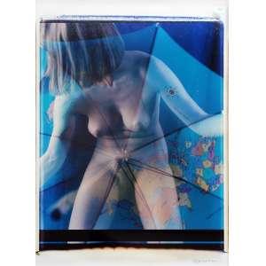 Toto Firma - Nu sob Mapa Mundi: Nu Feminino, sob projeção do Mapa Mundi. Assinatura do autor e data na margem a tinta. Dimensões 70 x 52 cm. Autor: Firma, Toto.
