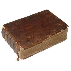 Petro Bertii - Atlas Tabularum Geographicarum Contractarum: Atlas com capa ocre, com estado de conservação ruim. Dimensões 13 x 19 cm. Autor: Bertii, Petro.