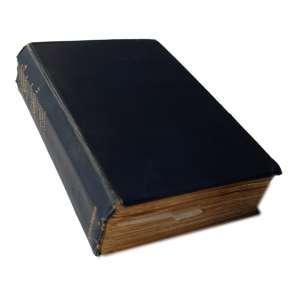 The German Submarine War: Livro rosso de capa azul com escritas nas bordas. Possui 438 páginas. Dimensões 22,50 x 14,50 cm. Autor: Gibson, R. H. & Prendergast, M.