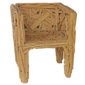 Fernando e Humberto Campana - Favela Chair - madeira - 67 x 74 x 62 cm - 2003 - Reprodução: Livro Campana Brothers (so far), página 268.