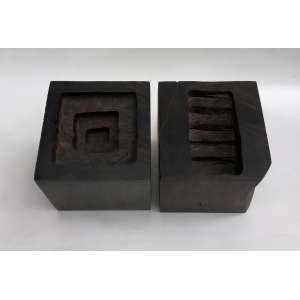José Bento - (1962) - Sem título - madeira - 12 x 12 x 12 cm - assinada - 2000
