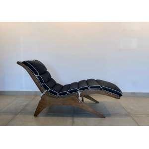 José Zanine Caldas - (1919 - 2001) - Espreguiçadeira - compensado de madeira - 60 x 156 x h86 cm