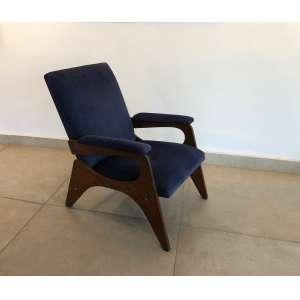 José Zanine Caldas - (1919 - 2001) - Poltrona - madeira e tecido - 65 x 86 x h86 cm