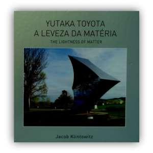 YUTAKA TOYOTA - Livro amplamente ilustrado, que traz através da leveza da matéria, conhecer melhor o trabalho de TOYOTA. <br />1450g; 31x31 cm; 160 págs.; capa dura; português e inglês<br />