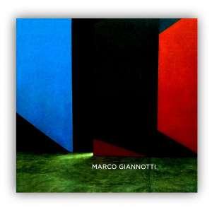 MARCO GIANNOTTI - Livro profusamente ilustrado com reproduções das obras do artista. <br />730g; 22x24 cm; 155 págs; capa dura; português e inglês<br /><br />
