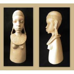 Escultura em Marfim africano - jovem com colar - Dimensões: 17 X 6 X 5,5 cm