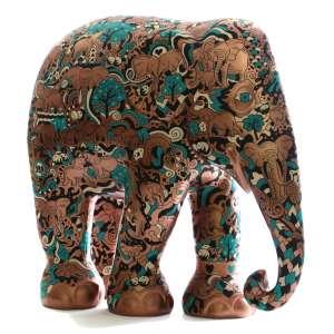 """Obra: Elefa / Artista: Mauro Martins<br /><br />Entidades beneficiadas: Santuário de Elefantes Brasil (www.santuariodeelefantes.org.br) e Elephant Family (www.elephant-family.org)<br /><br />Justificativa do autor: """"Sob o tema """"Sociedade dos Elefantes"""", a Elefa foi coberta de elefantes em seus cotidianos, realizando atividades do dia a dia do animal. Os elefantes são muito sociais e têm muita interação entre si. Essa proximidade e espírito comunitário foi representado em toda a extensão da escultura. Além disso, a obra carrega também um apelo contra os zoológicos, tão prejudiciais ao instinto e a liberdade dos elefantes"""". <br /><br />Uso: Interno e Externo - Medidas: Altura 146 cm - Comprimento 166 cm - Largura 75 cm - Peso 35 kg<br /><br />Materiais: Fibra de vidro, tinta acrílica e verniz PU. <br /><br />*A escultura de elefante é leiloada sem a base*<br />"""