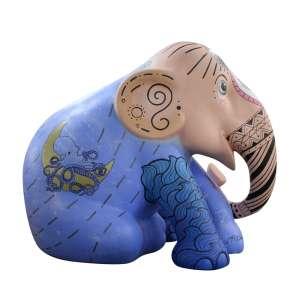 Obra: Mariella / Artista: Érica Morais<br /><br />Entidade beneficiada: Elephant Family (www.elephant-family.org)<br /><br />Uso: Interno e Externo - Medidas: Altura 144 cm - Comprimento 173 cm - Largura 104 cm - Peso 35 kg<br /><br />Materiais: Fibra de vidro, tinta acrílica e verniz PU.<br /><br />*A escultura de elefante é leiloada sem a base*