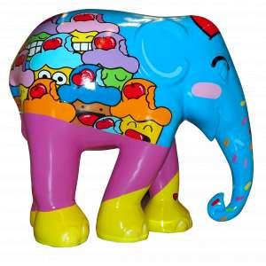 Obra: Bolofante/ Autor: Bolinho<br /><br />Entidade beneficiada: Abrigo Irmão Fábio e Elephant Family (www.elephant-family.org)<br /><br />Justificativa do autor: A proposta é unir a estética do elefante aos elementos do personagem Bolinho. Para isso, o elefante ganhou uma grande cereja na cabeça, olhinhos e bochechas, característica do personagem, além de granulados decorando sua tromba. O corpo do elefante será coberto de diversos Bolinhos, todos em expressões divertidas e felizes. Na composição da pintura serão usadas cores fortes, vibrantes e chapadas, como as dos Bolinhos espalhados pelas ruas. <br /><br />Uso: Interno e Externo - Medidas elefante: Altura 146 cm - Comprimento 166 cm - Largura 75 cm - Peso 35 kg<br /><br />Materiais: Fibra de vidro, tinta acrílica e verniz PU.<br /><br />*A escultura de elefante é leiloada sem a base*
