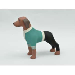 Marco Túlio (Authentic Games) - Cachorro em resina, 20x20x8, 700g - Cachorro com uma simulação da roupa característica do Authentic