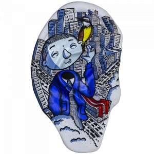 Obra: Bem te vi SP <br/><br />Artista: Danilo Yamamoto <br/><br />Inspiração do projeto: Com a intenção de representar as sutilezas da cidade de São Paulo, a obra Bem Te (ou)Vi SP responde o questionamento: Quais são os sons da nossa cidade? A intenção é representar o caos e o barulho de São Paulo, onde nem todos ouvem ou veem desta forma. Na obra uma personagem inspirada em uma famosa atriz mirim que tem surdez parcial, sustenta o canto tão tradicional das manhãs paulistanas do Bem Te Vi. <br/><br />Medidas orelha: 160x95x25cm (AxLxP) <br/><br />Medidas base*: 80x60x40cm (AxLxP) <br/><br />Materias: Fibra de Vidro, Tinta Acrílica e Verniz PU. <br/><br />Pode ser exposta em ambiente externo. <br/><br />*A base da escultura também faz parte desse lote. <br/>